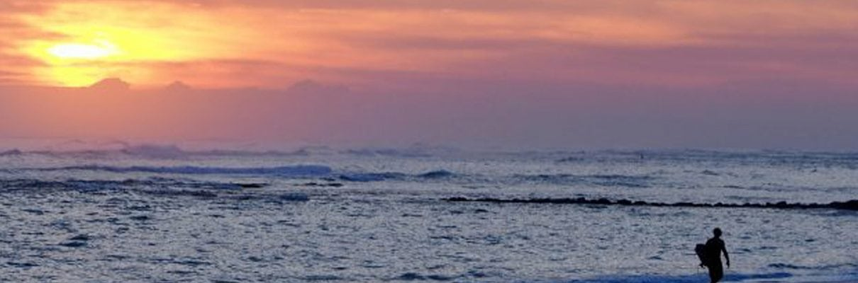 sunrise kitebeach surfing
