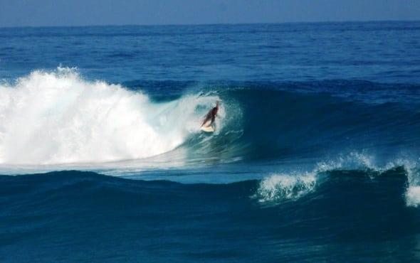 big waves in encuentro